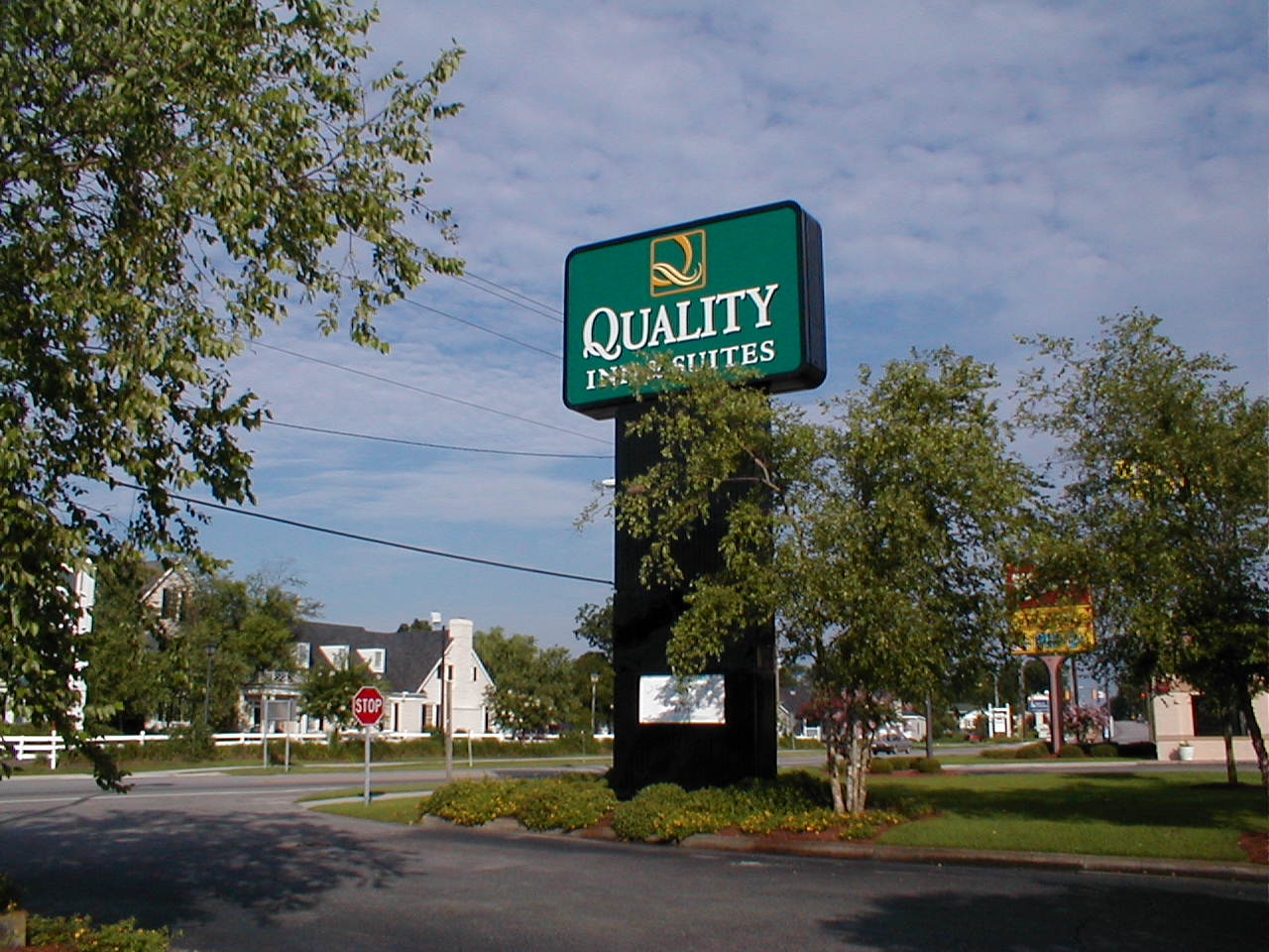 Quality inn suites for Quality hotel