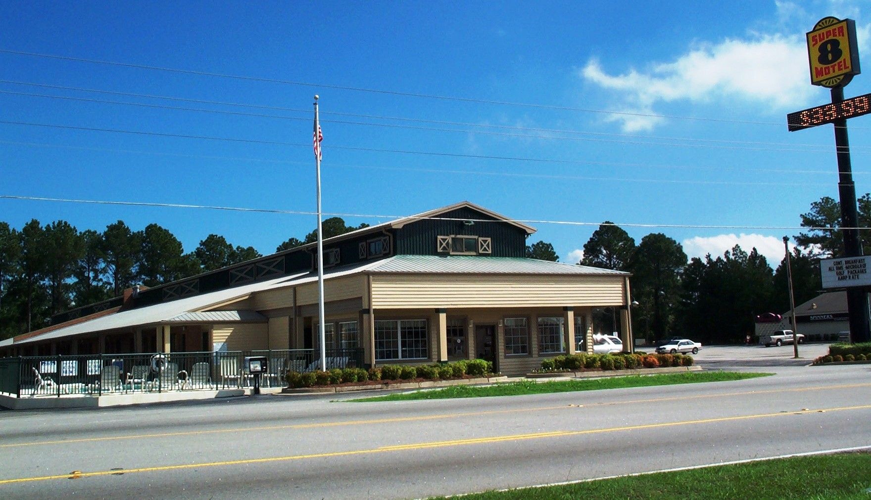 Super 8 Santee Hotel in Santee, South Carolina near I 95